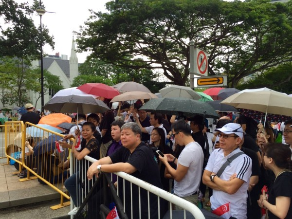 Singaporeans were willing to queue for hours to pay respect to Lee Kuan Yew. Photo: Channel News Asia.