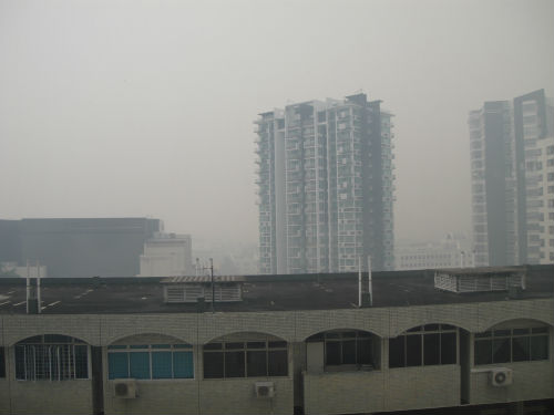 Let's hope that the Singapore haze doesn't reach the hazardous levels of last year.