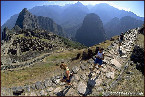 The challenging Inca Trail Marathon in Peru. (Image from andesadventures.com)