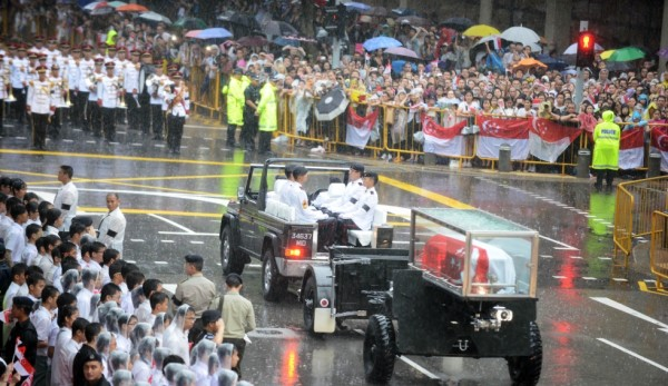 Yesterday, the day of the state funeral, was an emotional one for many Singaporeans. Photo: www.scmp.com