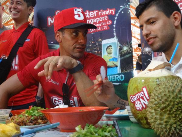 Ferdinand and Aguero enjoying Singaporean delights.