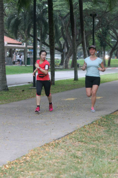 That's me (in pink) in action at parkrun last Saturday!