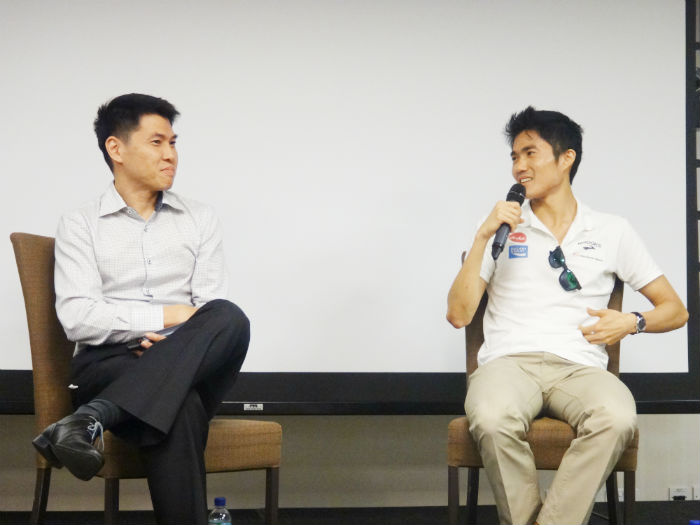 Dr Lim Kay Kiat (left) and Dr Mok Ying Ren (right) taking questions from the public.