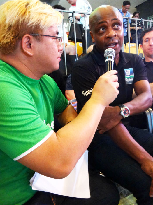 Justin Ang of 987 Muttons (Left) interviews ex Man U star Paul Parker (Right).
