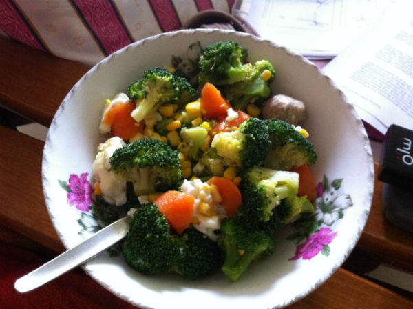 My version of a healthy salad: broccoli, carrots, corn and chicken. (Image: Alex Ong)