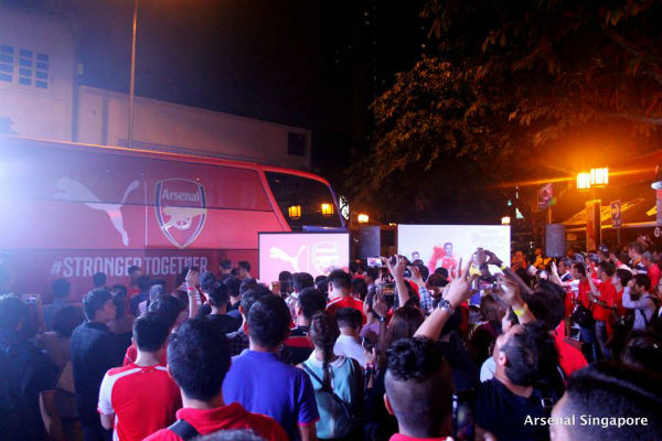 Arsenal fans are eagerly awaiting Sol Campbell's arrival. (Image: Arsenal Singapore)
