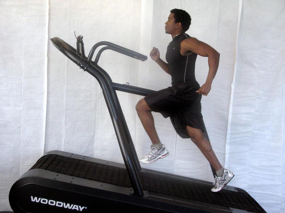 Singaporean runners can try setting the treadmill to an incline to prepare for these races. [Photo by www.projectswole.com]