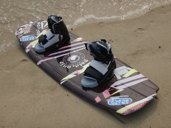 The board that's used for wakeboarding.