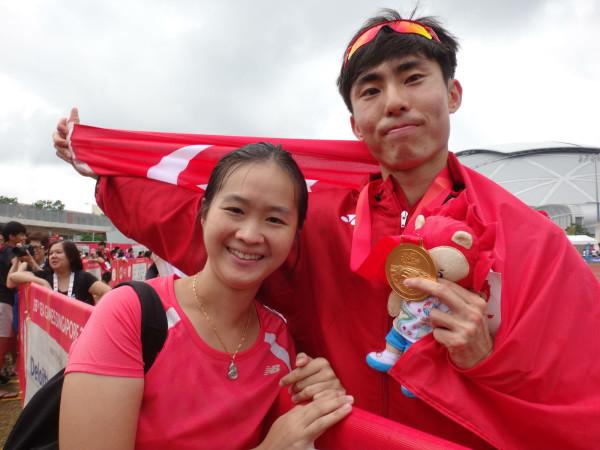 With SEA Games 2015 marathon gold medallist Soh Rui Yong.